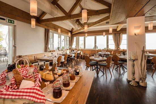 Forch, Ελβετία: Frühstücksbuffet