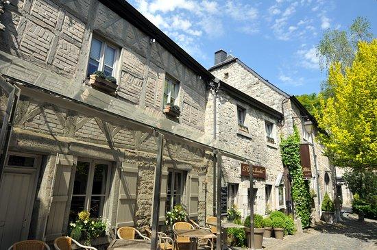 Luxembourg Province, Belgien: Déambulez dans les petites rues piétonnières de Durbuy, la plus petite ville du monde