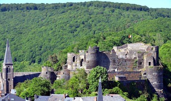 Luxembourg Province, Belgien: Le château de La Roche-en-Ardenne