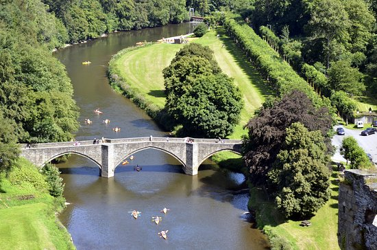 Luxembourg Province, Belgien: Une descente de la Semois à bord d'un kayak ?