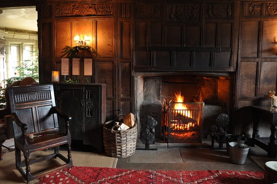 Incredible Warm Fire In One Of The Many Splendid Rooms Picture Of Download Free Architecture Designs Scobabritishbridgeorg