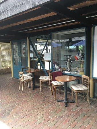 Eastbourne, نيوزيلندا: Outside Entrance