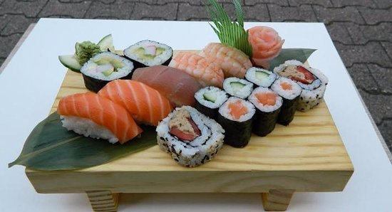 Hattersheim, Germany: Leckeres Sushi