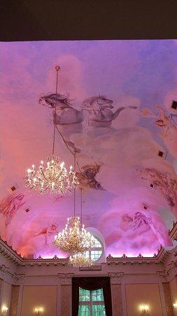 Izbicko, Polonia: frescos del palacio en la sala de banquetes, sin palabras!