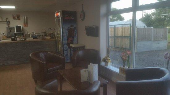 Skirlaugh Garden & Aquatic Centre - Picture of Tony Cook Ltd