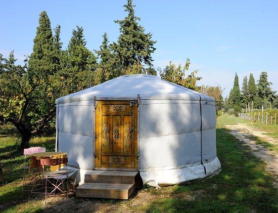 Sarrians, Frankreich: la yourte IRIS où nous avons dormi