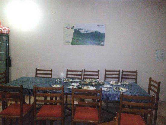 Rewalsar, India: Dining space