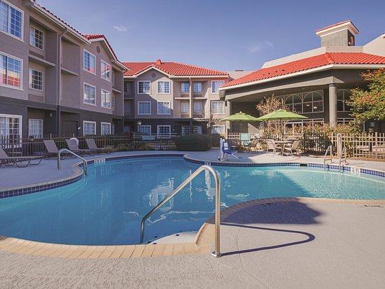 Pool - Picture of La Quinta Inn & Suites by Wyndham Austin Near the Domain - Tripadvisor