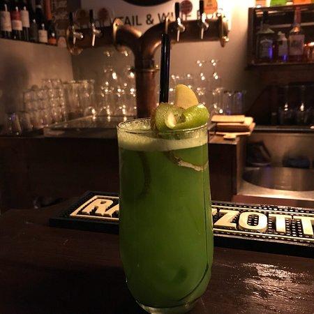 Kokobi Cocktail & Wine Pub: Cocktail unici 😍