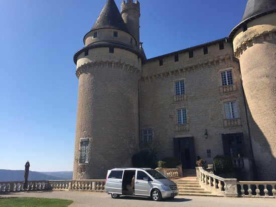 Pinazel: Beautiful Chateaux and Domains