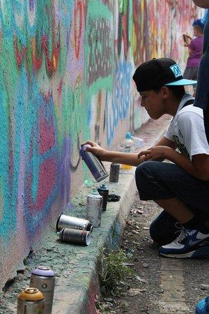 Chrome and Black Graff School: GRAFF SCHOOL 2018