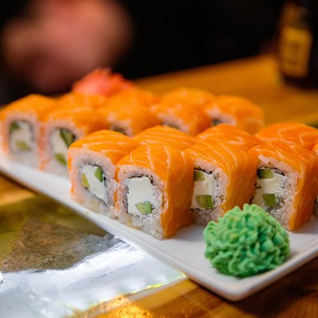 classic Japanese sushi and rolls