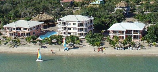 Widespread beach at Laru Beya Resort & Villas