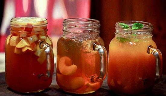 Fresh Fruit Tea