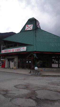 Savoie, France: il locale all'esterno