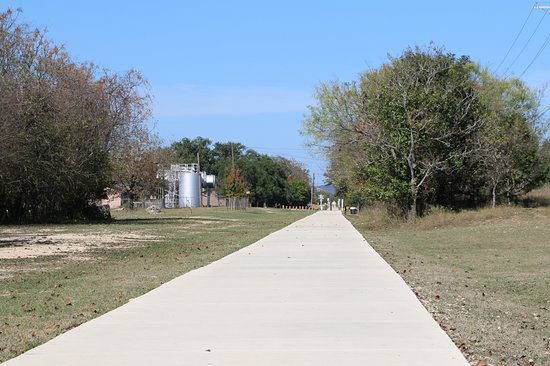 Boerne, TX: Old No. 9 Trail