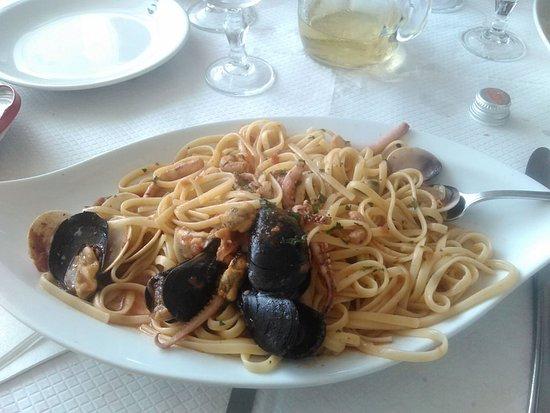Marina San Gregorio, Italie : linguine