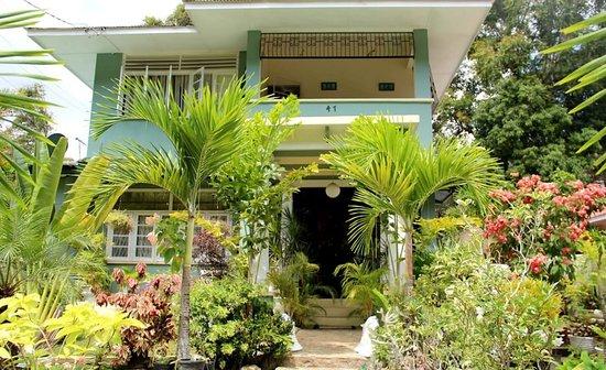 Bates Motel!!! - Review of Samise Villa, Port of Spain, Trinidad and ...