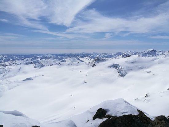 Saas-Fee Guides: Vue depuis le Fluchtpass