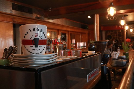 Eagle, Ουισκόνσιν: Up close view of our beautiful espresso machine & bar!
