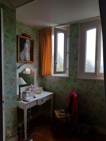 La Liniere: 20180409_102350_large.jpg
