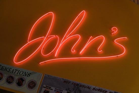 John's Restaurant: LOGO