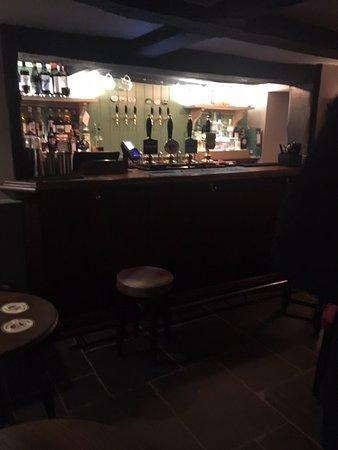 Histon, UK: front bar