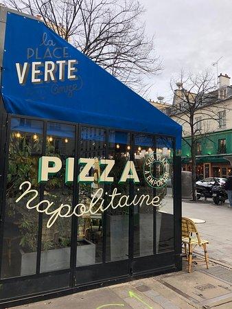 pizza napolitaine picture of la place verte paris tripadvisor. Black Bedroom Furniture Sets. Home Design Ideas