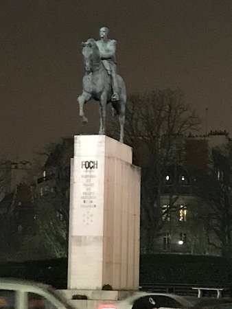 Statue Marechal Joffre