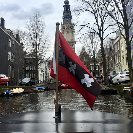 Amsterdam 90-Minute Private Family Canal Cruise: A view from the cruise!