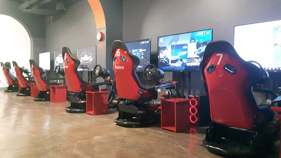 UNI Racing Simulator Kingston