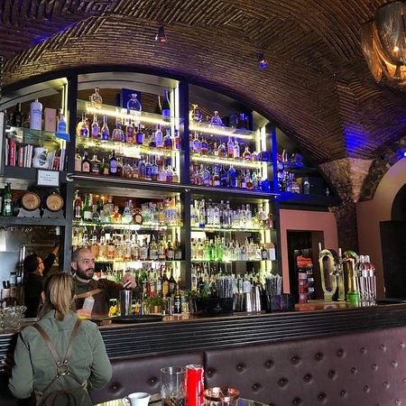 Columbus Cocktail & Wine Bar – fénykép