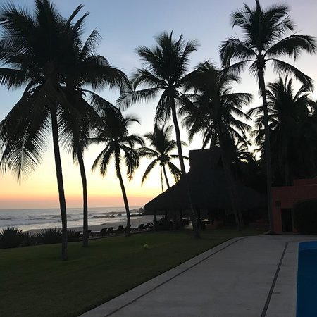 Las Alamandas Resort Photo