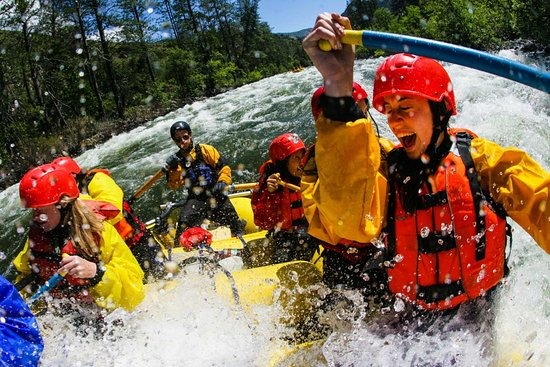 Zabljak, Monténégro : White water rafting on Tara river