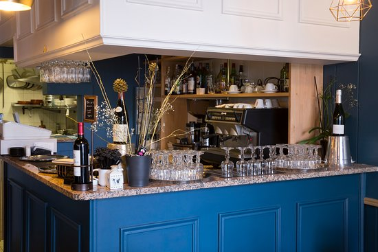 Montesson, Fransa: Le bar