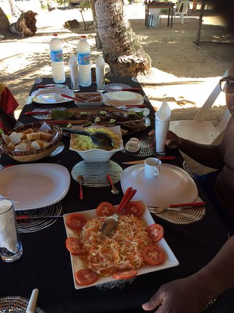 Nosy Sakatia: Lunch time