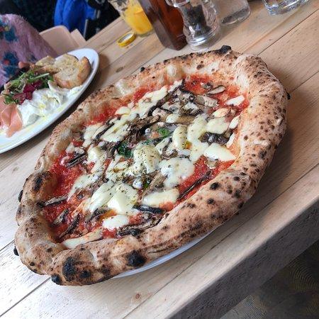 Rudy's Neapolitan Pizza - Peter Street