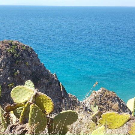 Santa Domenica, Italie : Spiaggia del Villaggio e camping Formicoli a Santa Maria di Ricadi