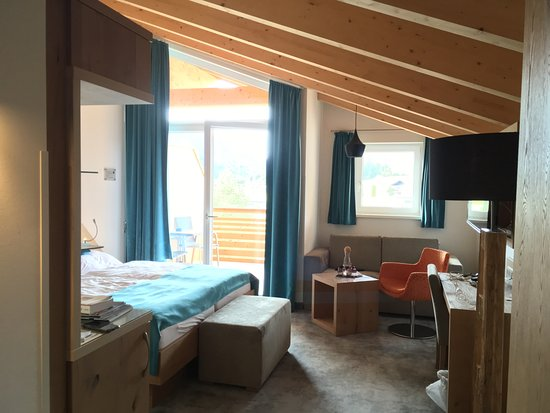 Abtenau, Østerrike: Dachgeschosszimmer im neuen Gebäude