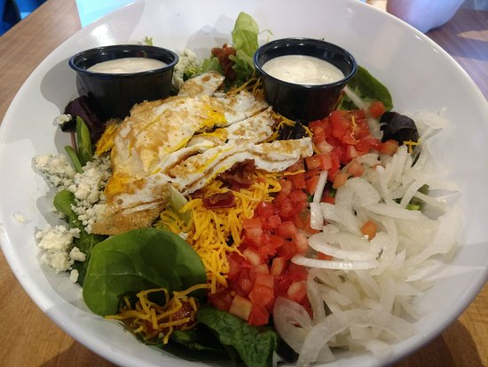 Smash Burger: Cobb Salad