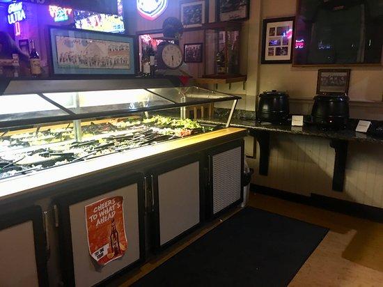 Oakdale, CA: Soup & salad bar