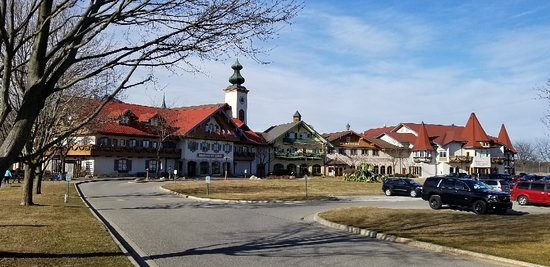 Bavarian Inn Lodge : 20180330_174522_large.jpg
