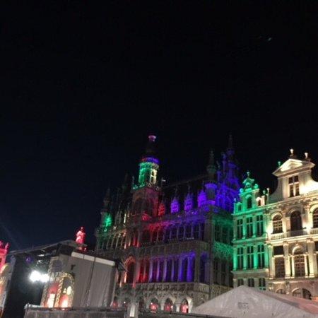 The Levante Parliament: Vienne inoubliable