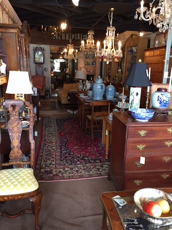William Lesterhouse Antiques