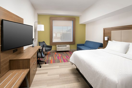 Holiday Inn Express Photo
