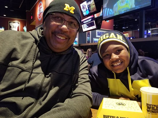 Saint Clair Shores, MI: Michigan Game And BWW! Go Blue.