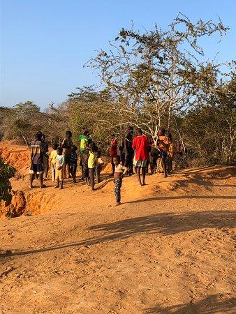 Black Elephant Safari Kenya: Village children