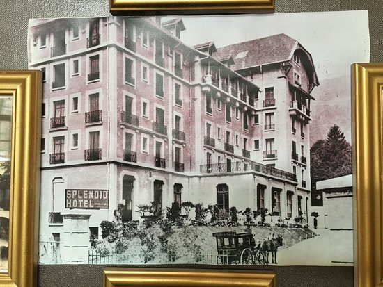 Allevard, France: Старинная фотография этого отеля в холле