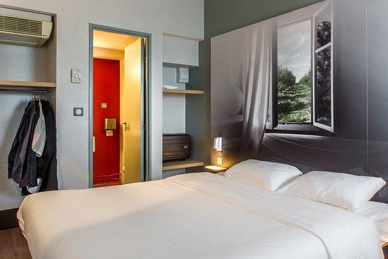 b b h tel agen france voir les tarifs 83 avis et 43 photos. Black Bedroom Furniture Sets. Home Design Ideas