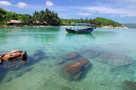 Vung Tau, Vietnam: Côn Đảo hiền hòa trong làn nước xanh mát